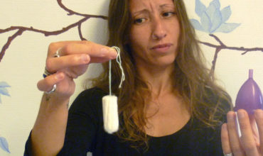 The Undeniable Health Risks Of Tampons & The Most Effective Natural Alternatives